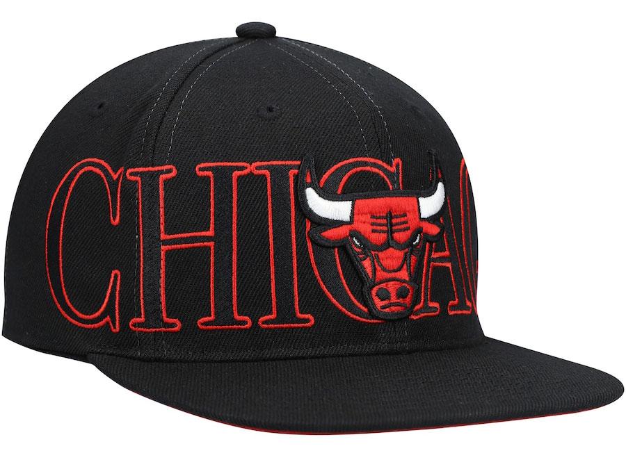 jordan-12-reverse-flu-game-bulls-mitchell-ness-snapback-hat-2