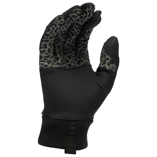 jordan-black-winter-gloves-2
