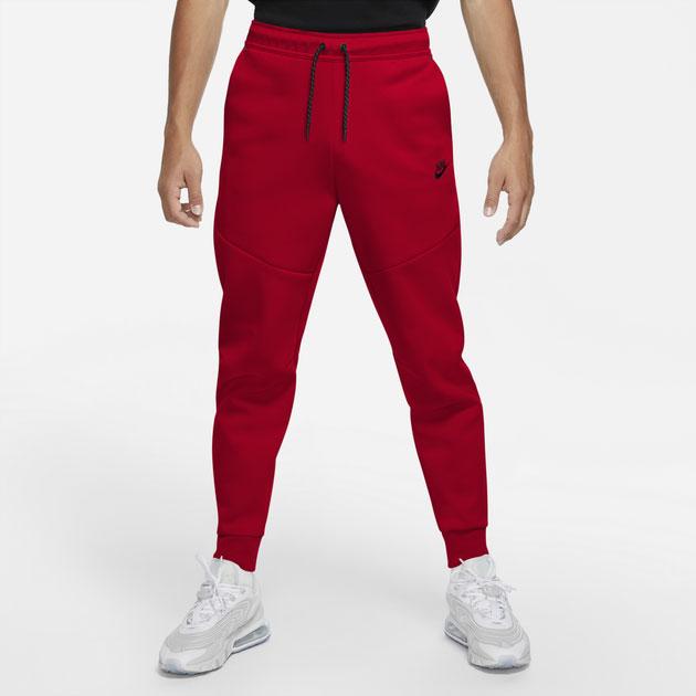 nike-air-max-90-nordic-christmas-tech-fleece-jogger-pants-1