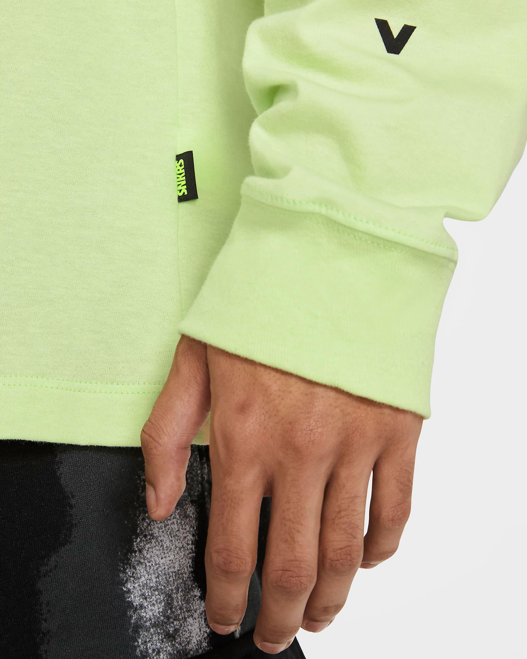 nike-air-max-95-neon-2020-long-sleeve-shirt-6