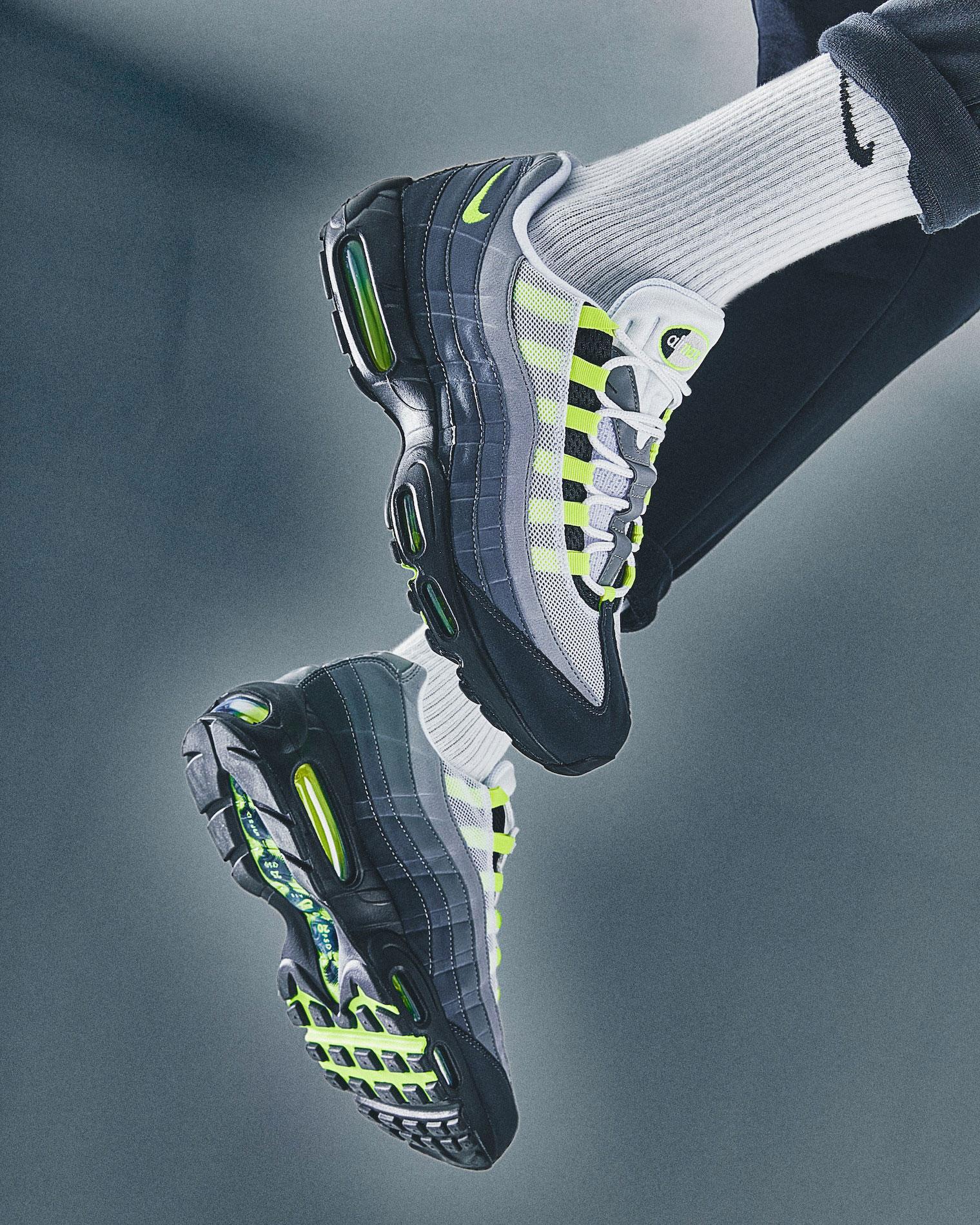 nike-air-max-95-neon-2020-on-feet