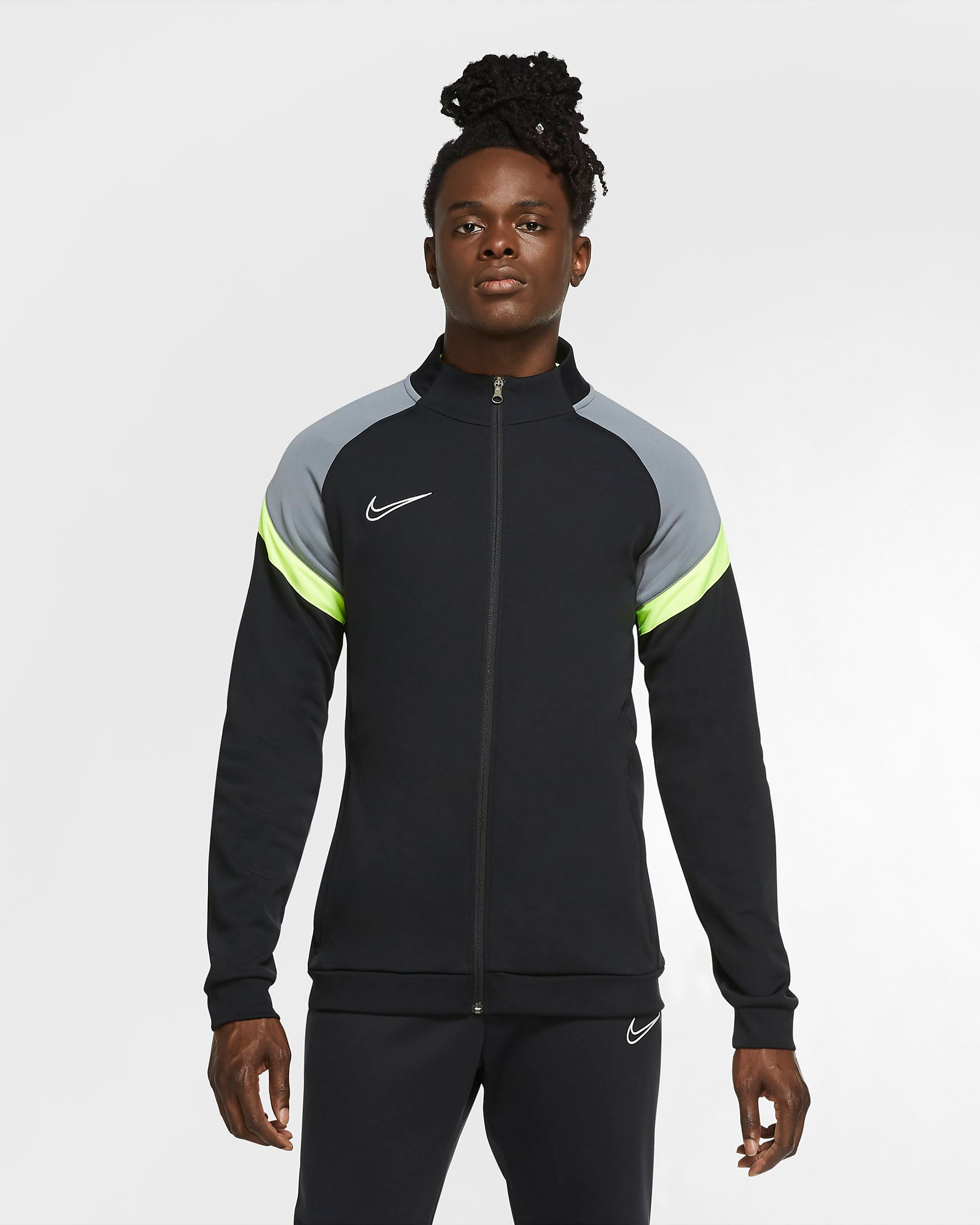 nike-air-max-95-neon-og-2020-track-jacket-2