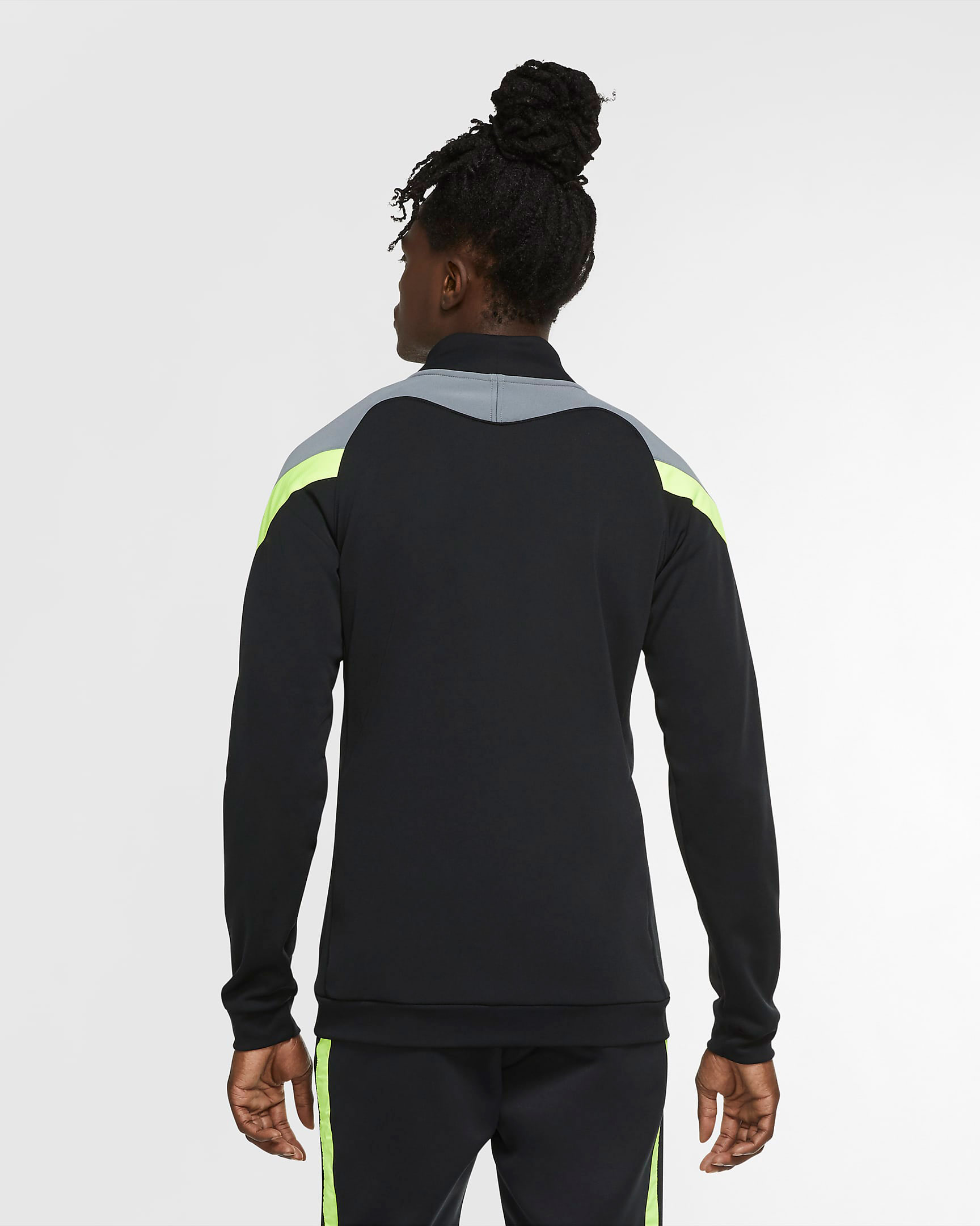 nike-air-max-95-neon-og-2020-track-jacket-3