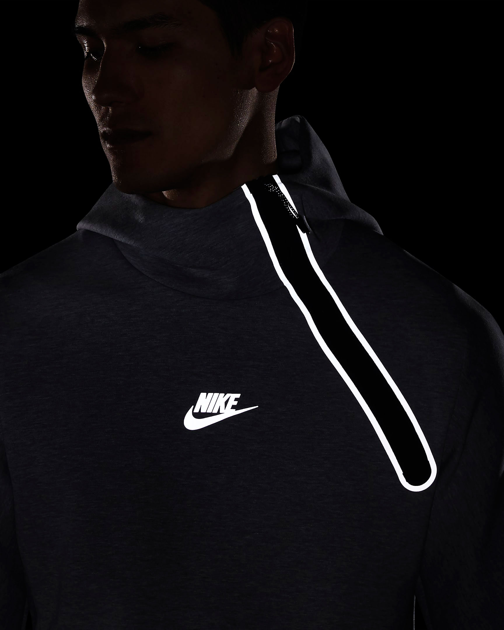 nike-air-max-95-neon-volt-grey-tech-fleece-hoodie-4
