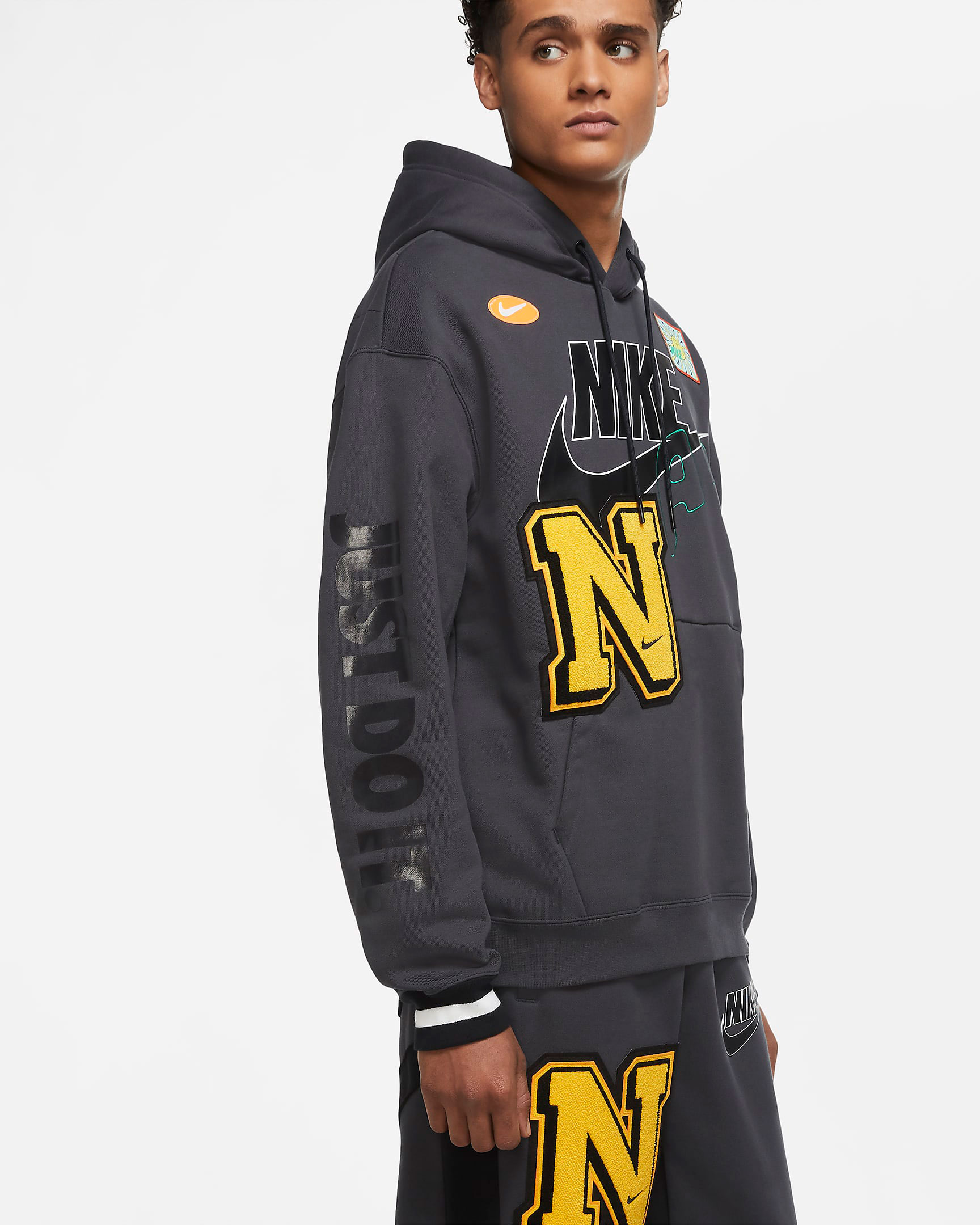 nike-dunk-high-varsity-maize-hoodie-match-3