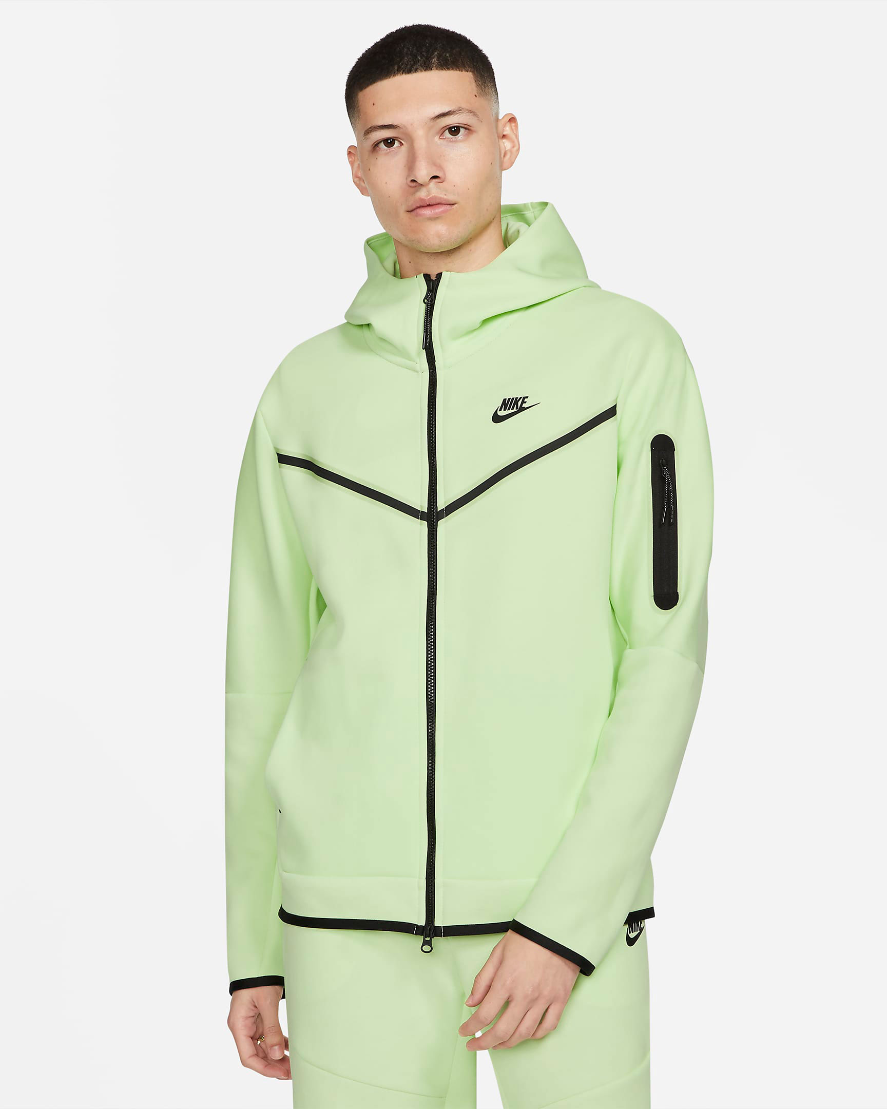 nike-tech-fleece-hoodie-light-liquid-lime-volt