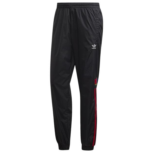 yeezy-350-v2-bred-jogger-pants-2