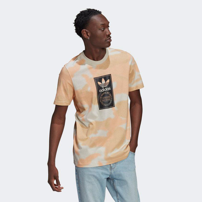 yeezy-350-v2-sand-taupe-shirt-1
