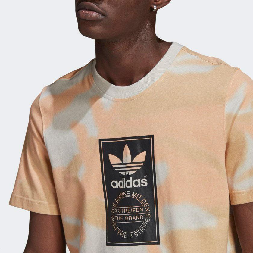yeezy-350-v2-sand-taupe-shirt-2
