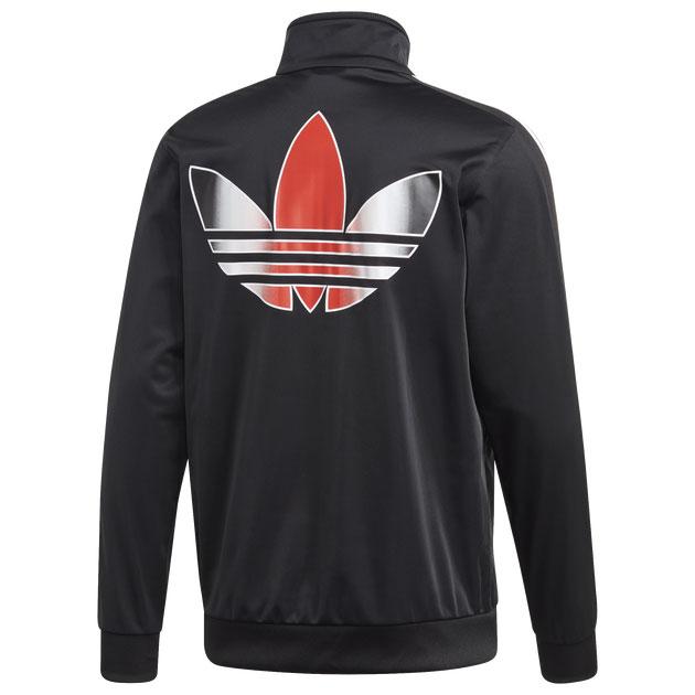 yeezy-bred-350-v2-bred-track-jacket-2