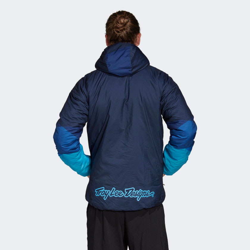 yeezy-quantum-qntm-frozen-blue-matching-jacket-2