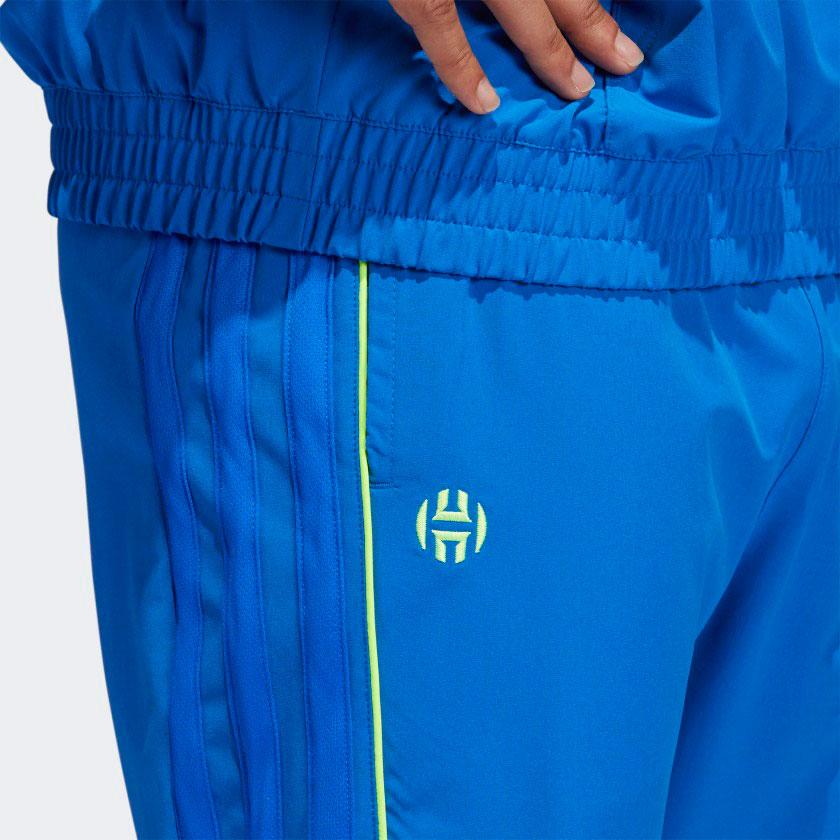 yeezy-quantum-qntm-frozen-blue-pants-match-3