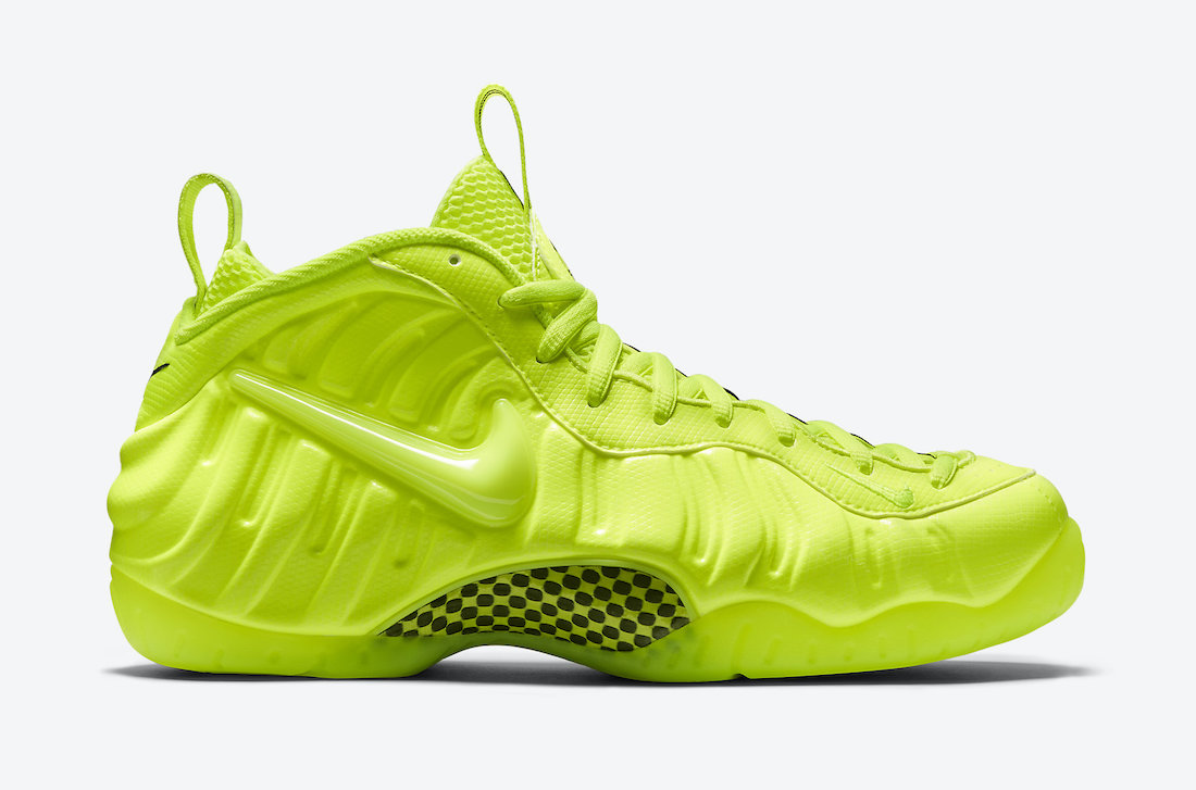 Nike-Air-Foamposite-Pro-Volt-624041-700-Release-Date
