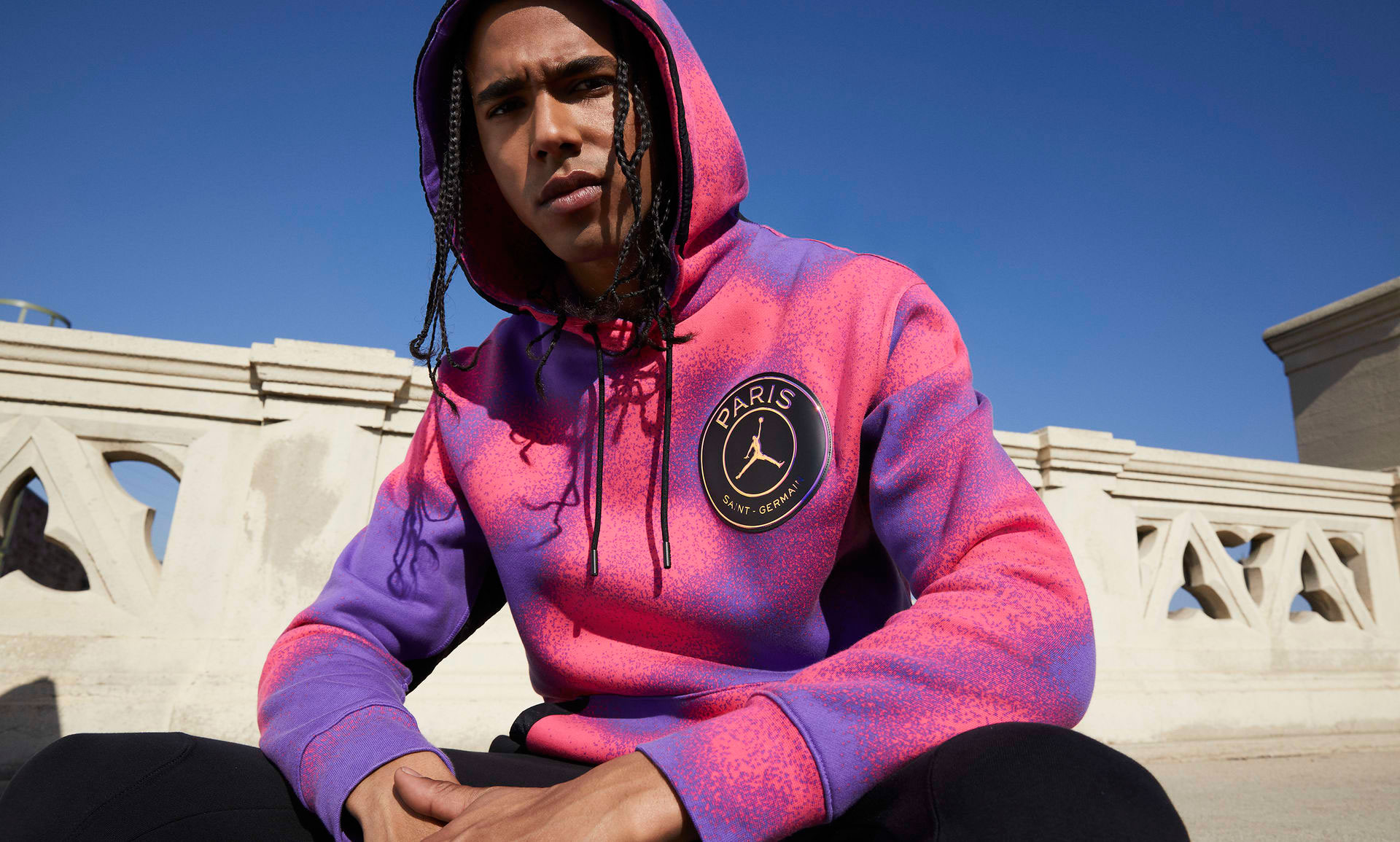 air-jordan-1-zoom-cmft-psg-paris-saint-germain-hoodie-apparel-1