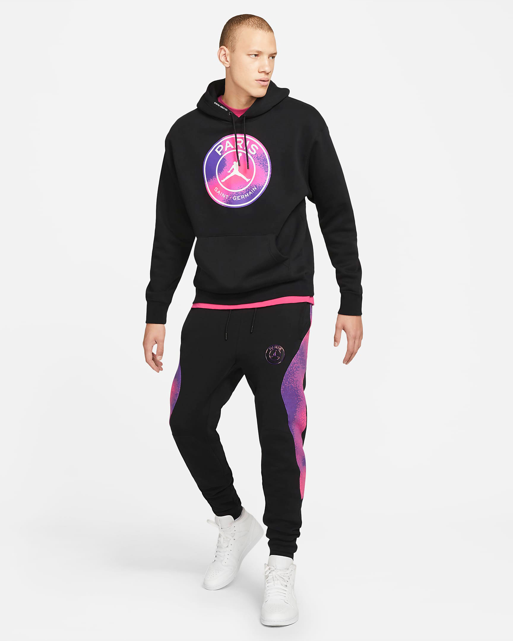 air-jordan-1-zoom-cmft-psg-paris-saint-germain-hoodie-pants-outfit