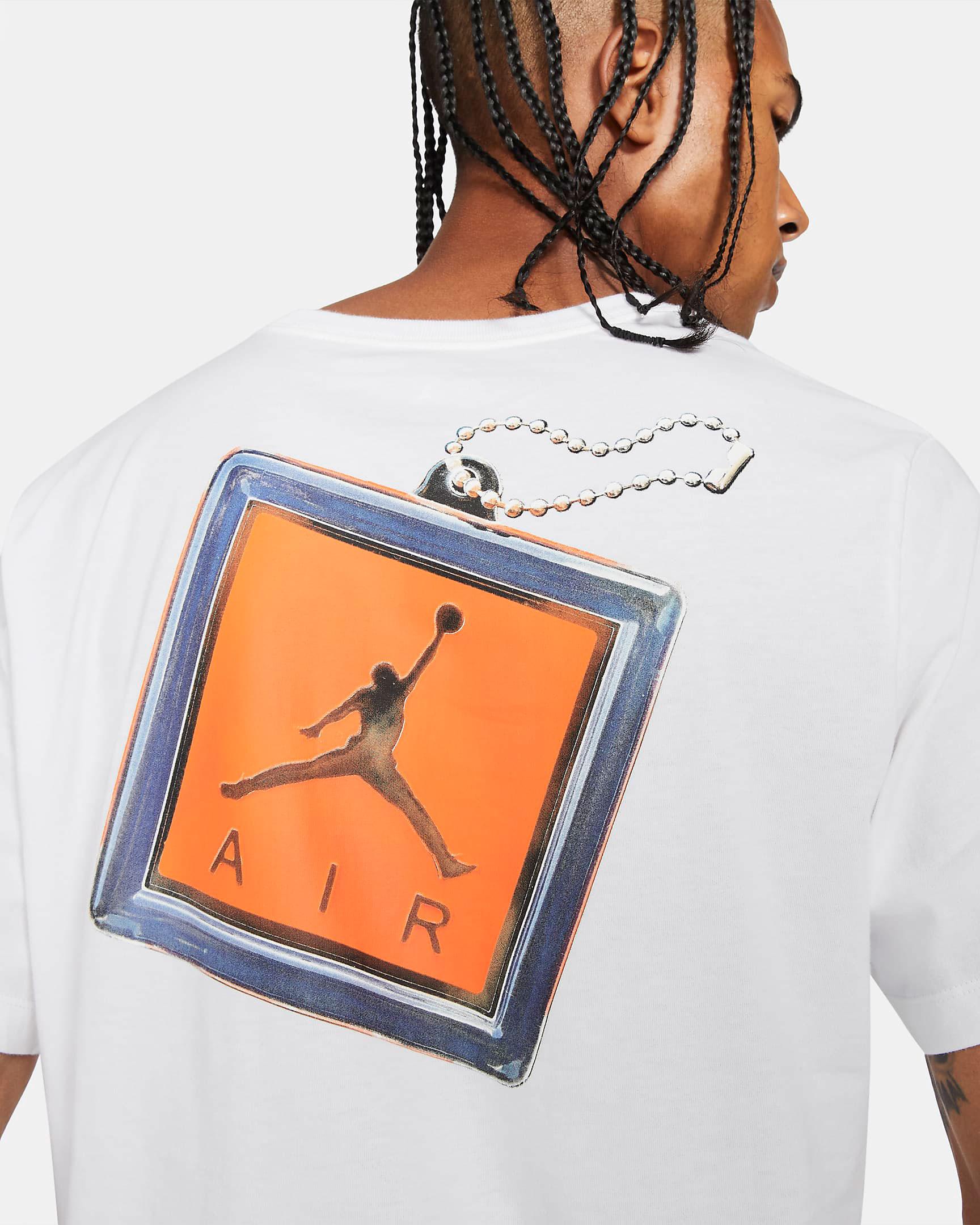 air-jordan-13-starfish-keychain-shirt-4