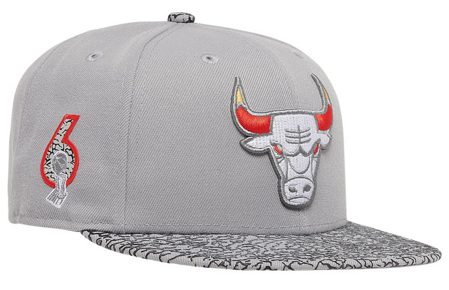jordan-3-cool-grey-2021-bulls-hat-3