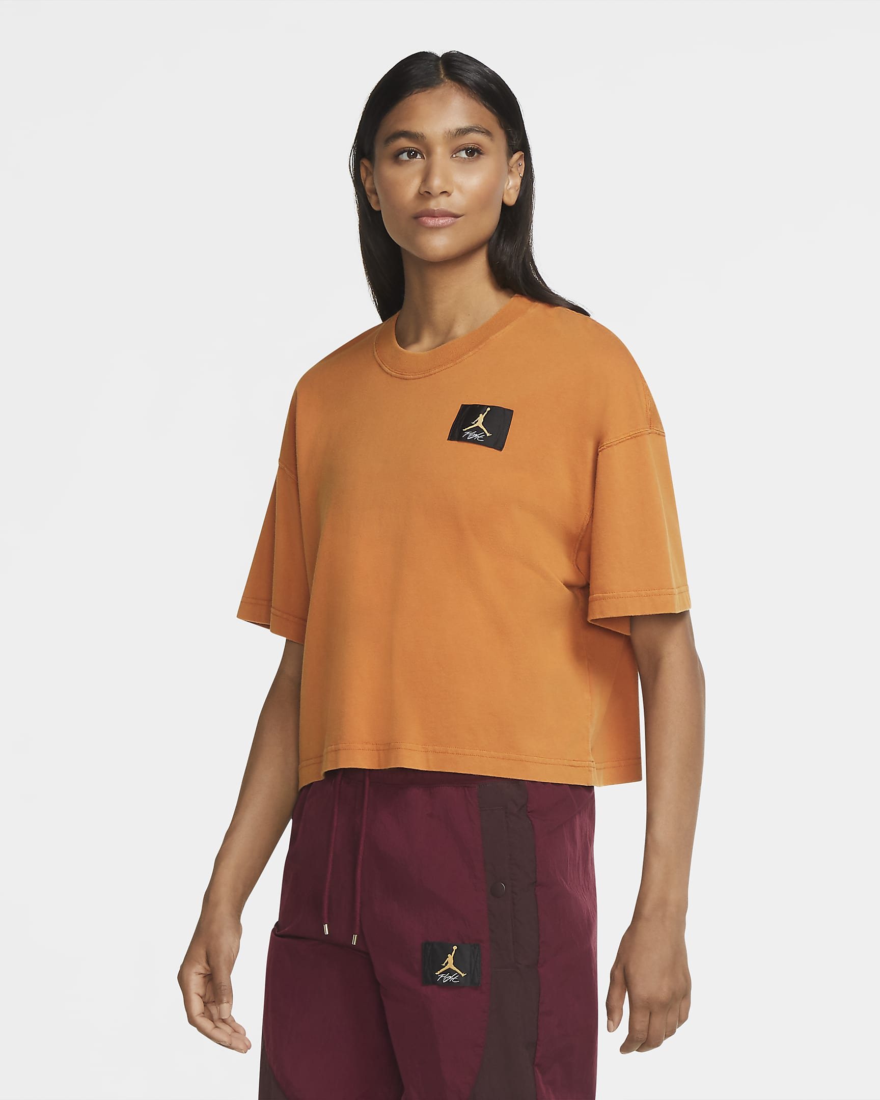 jordan-essentials-womens-short-sleeve-boxy-t-shirt-9xLPQl