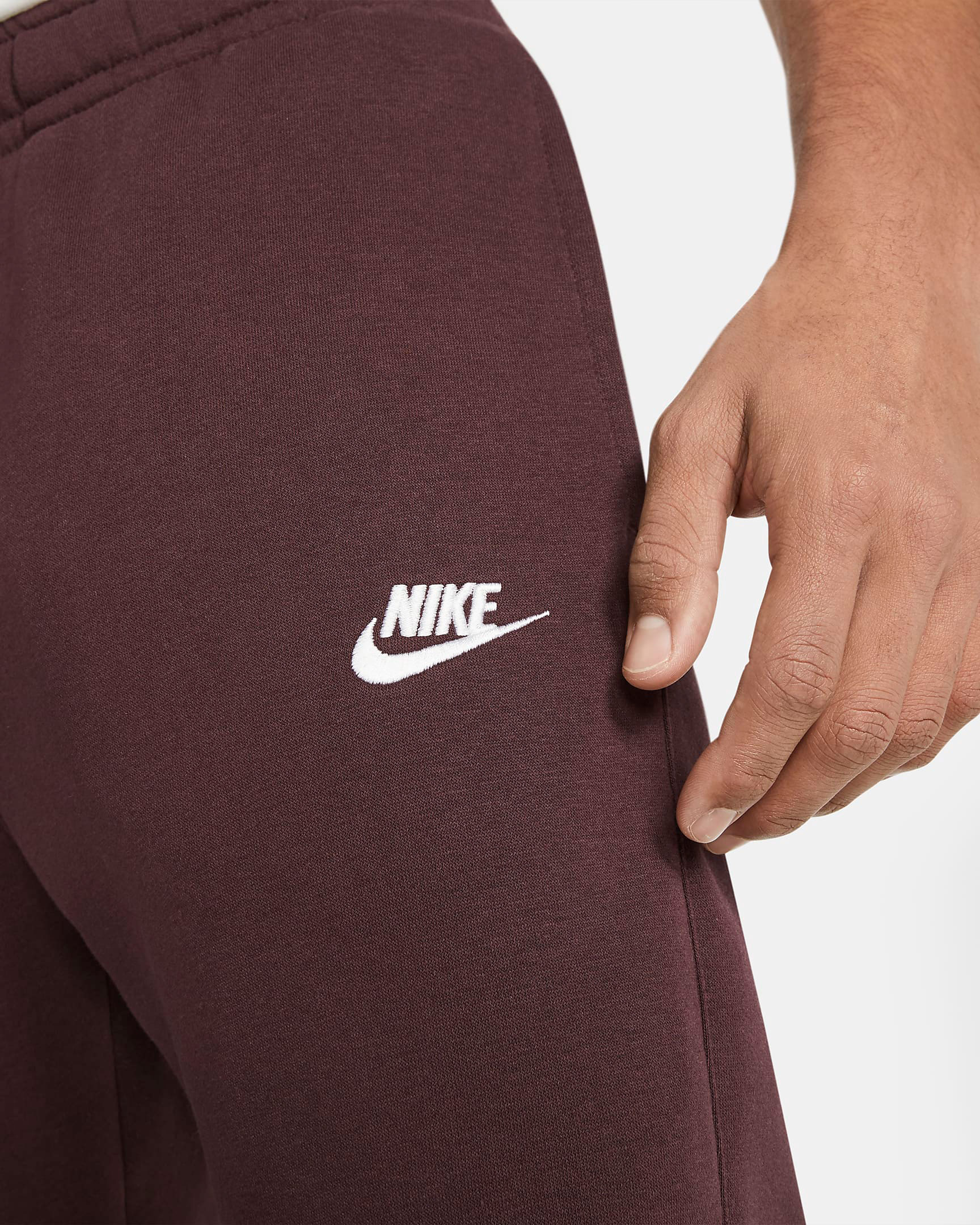 nike-club-fleece-jogger-pants-mahogany-brown-1