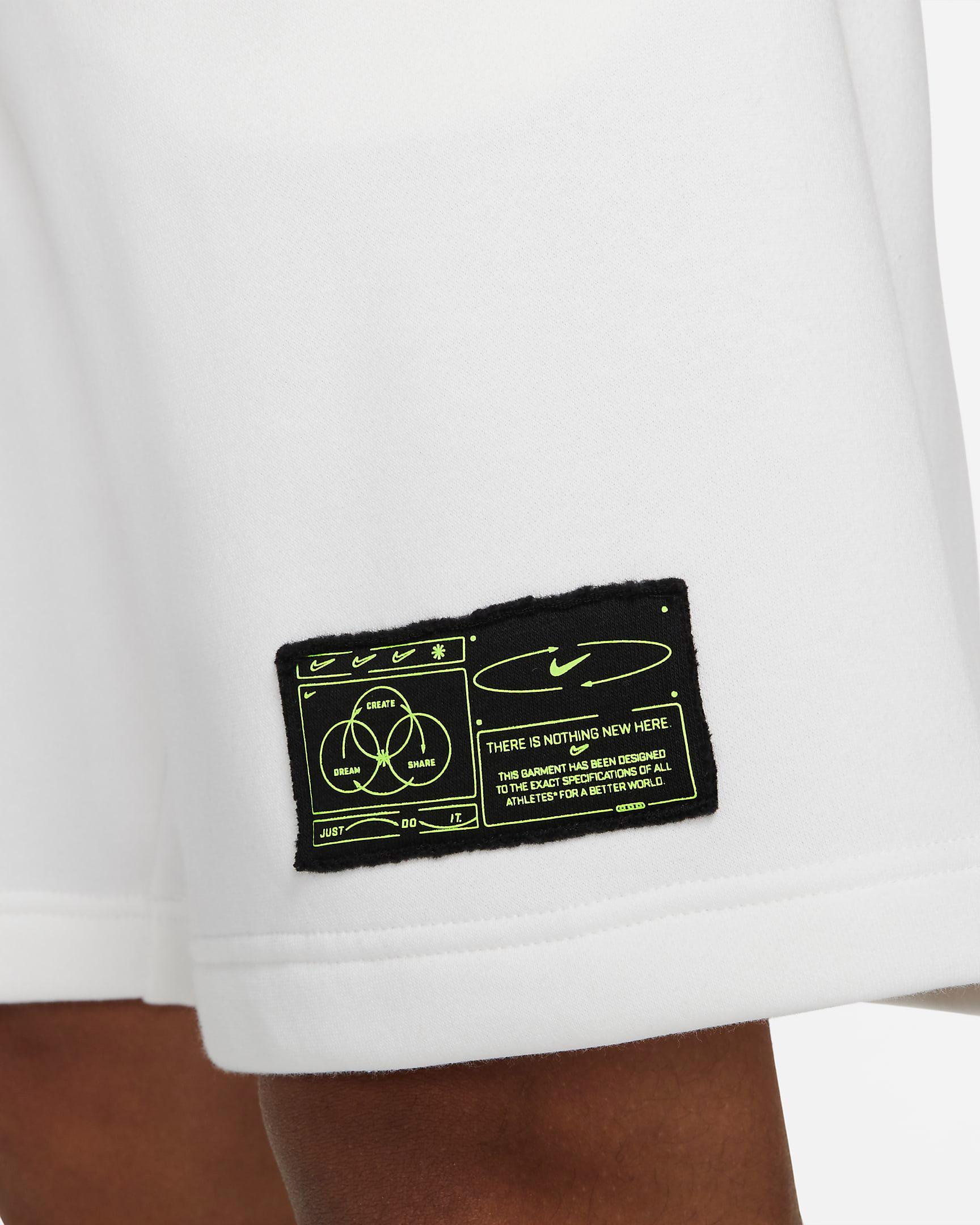 nike-club-fleece-shorts-white-volt-4