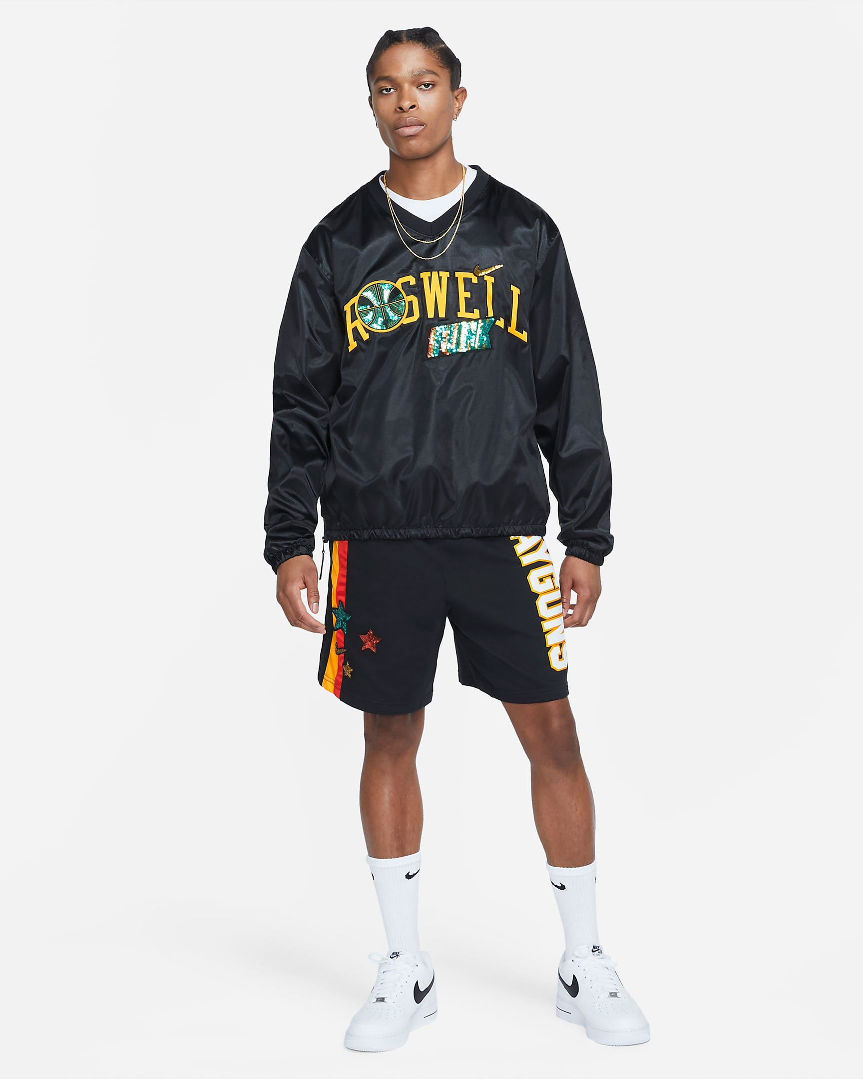 nike-roswell-rayguns-shirt-shorts-outfit