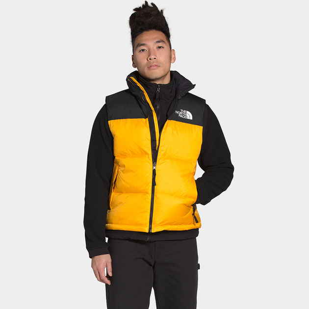 the-north-face-1996-retro-nuptse-vest-summit-gold-black