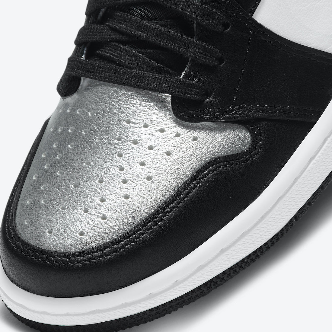 Air-Jordan-1-Silver-Toe-CD0461-001-Release-Date-Price-6