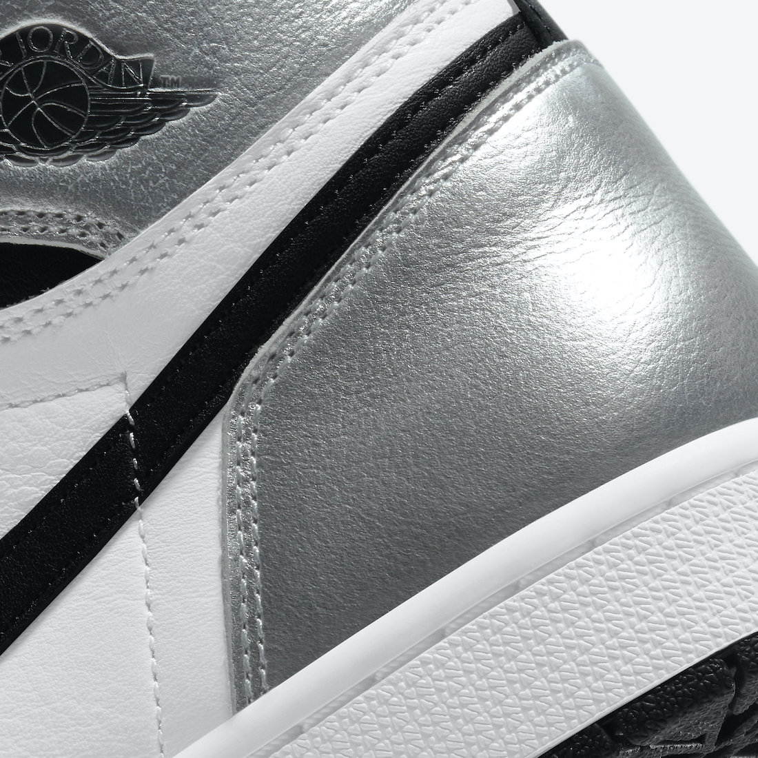 Air-Jordan-1-Silver-Toe-CD0461-001-Release-Date-Price-7