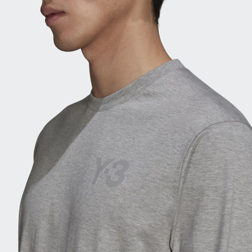 Y-3_CL_Logo_Tee_Grey_GK4516_41_detail