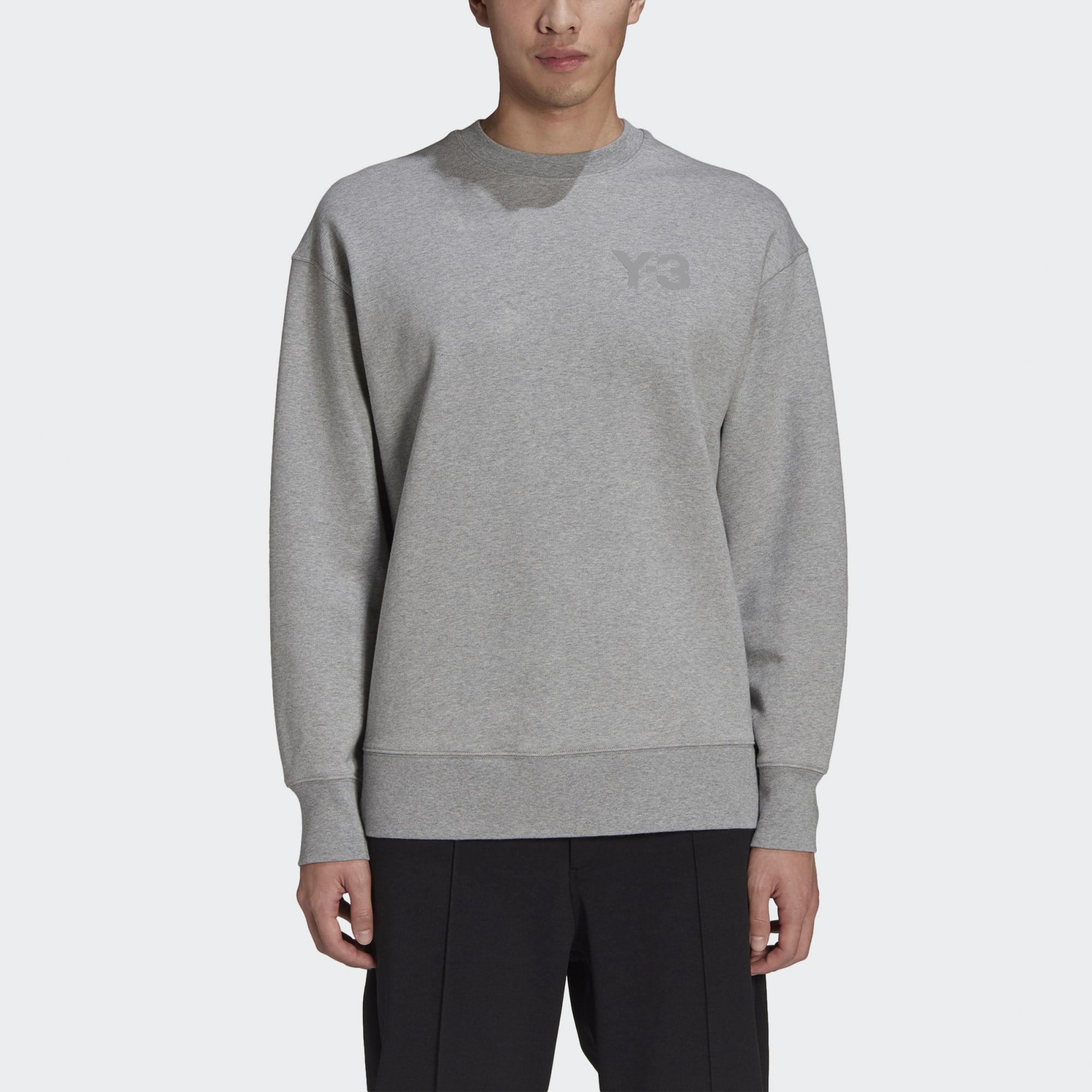 Y-3_Classic_Chest_Logo_Crew_Sweatshirt_Grey_GV4195_21_model