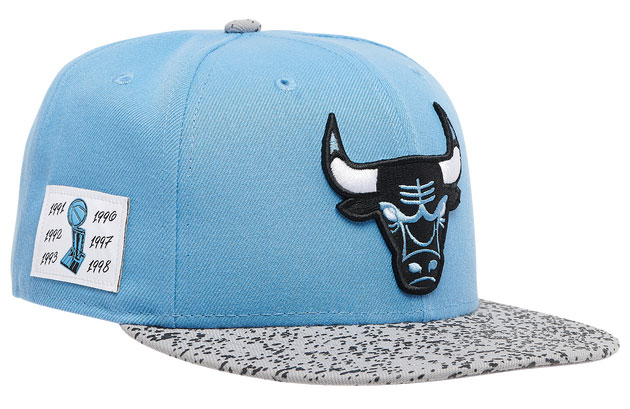 air-jordan-4-university-blue-bulls-hat-3