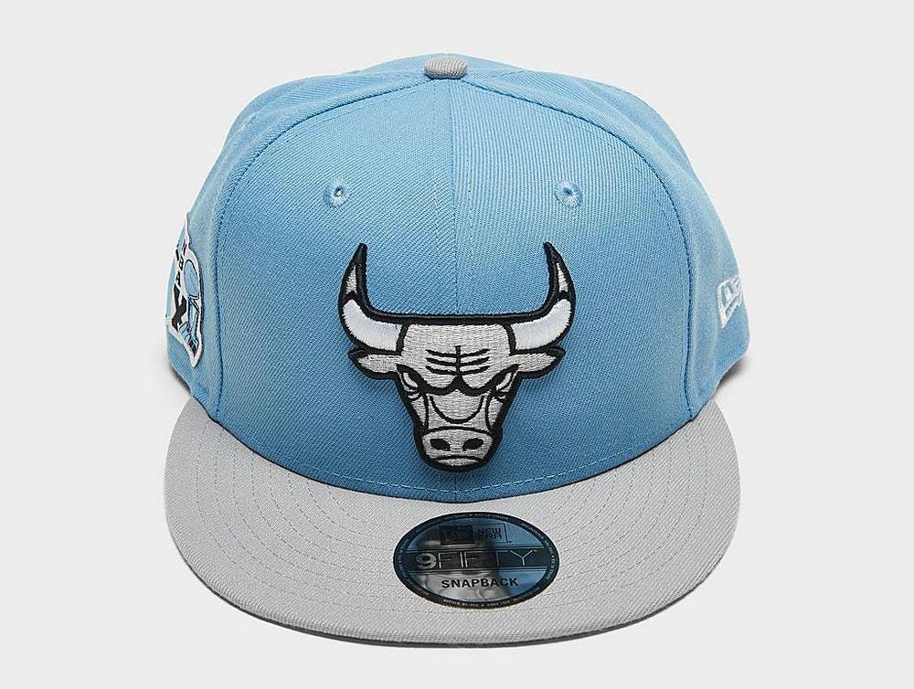 air-jordan-4-university-blue-bulls-snapback-cap-2