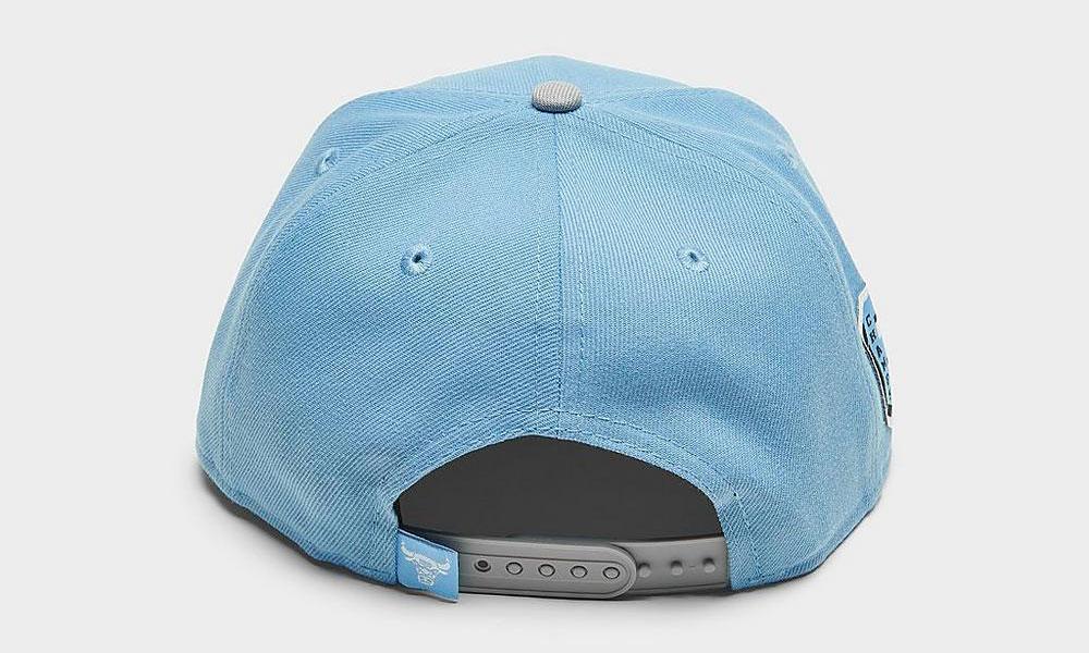 air-jordan-4-university-blue-bulls-snapback-cap-4