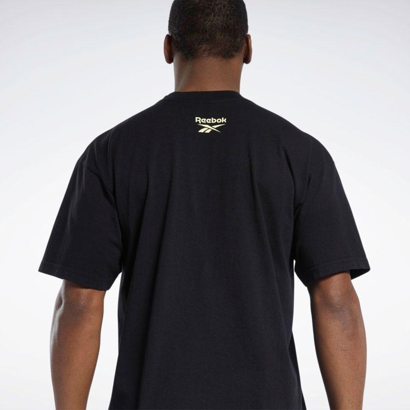 hot-ones-reebok-question-mid-shirt-2