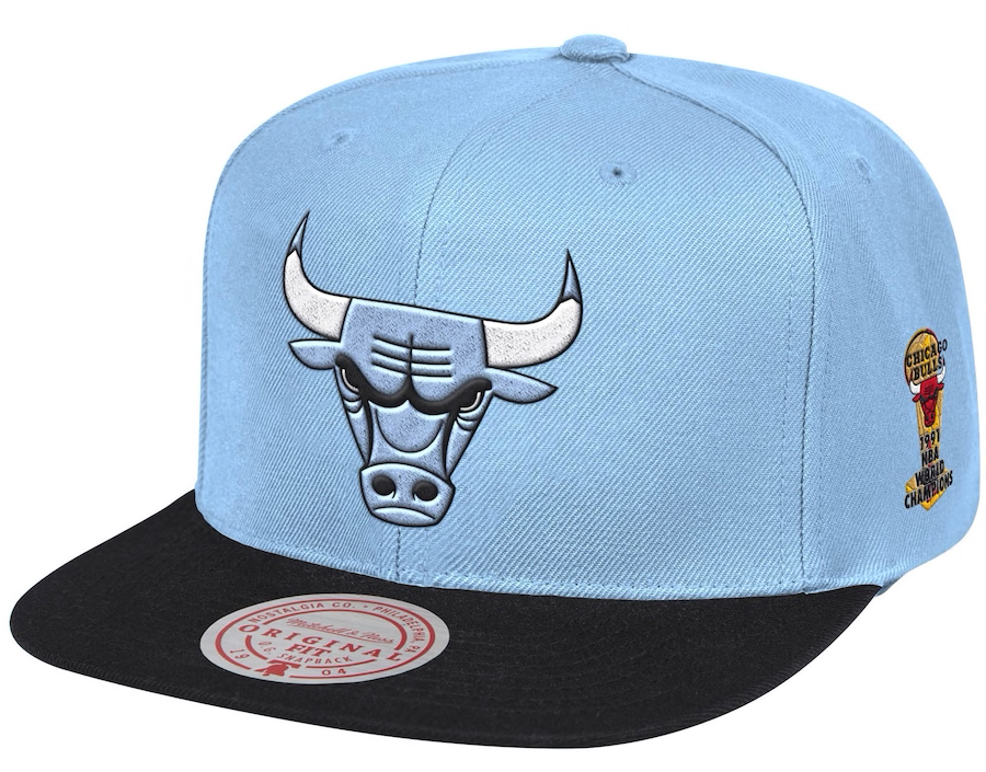 jordan-1-high-university-blue-bulls-snapback-hat-mitchell-ness-1
