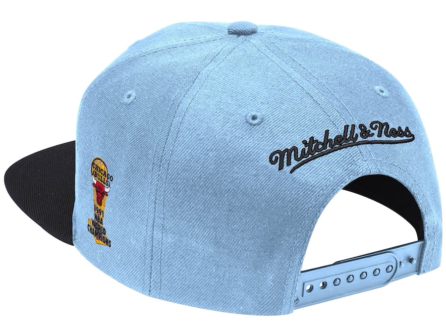 jordan-1-high-university-blue-bulls-snapback-hat-mitchell-ness-2