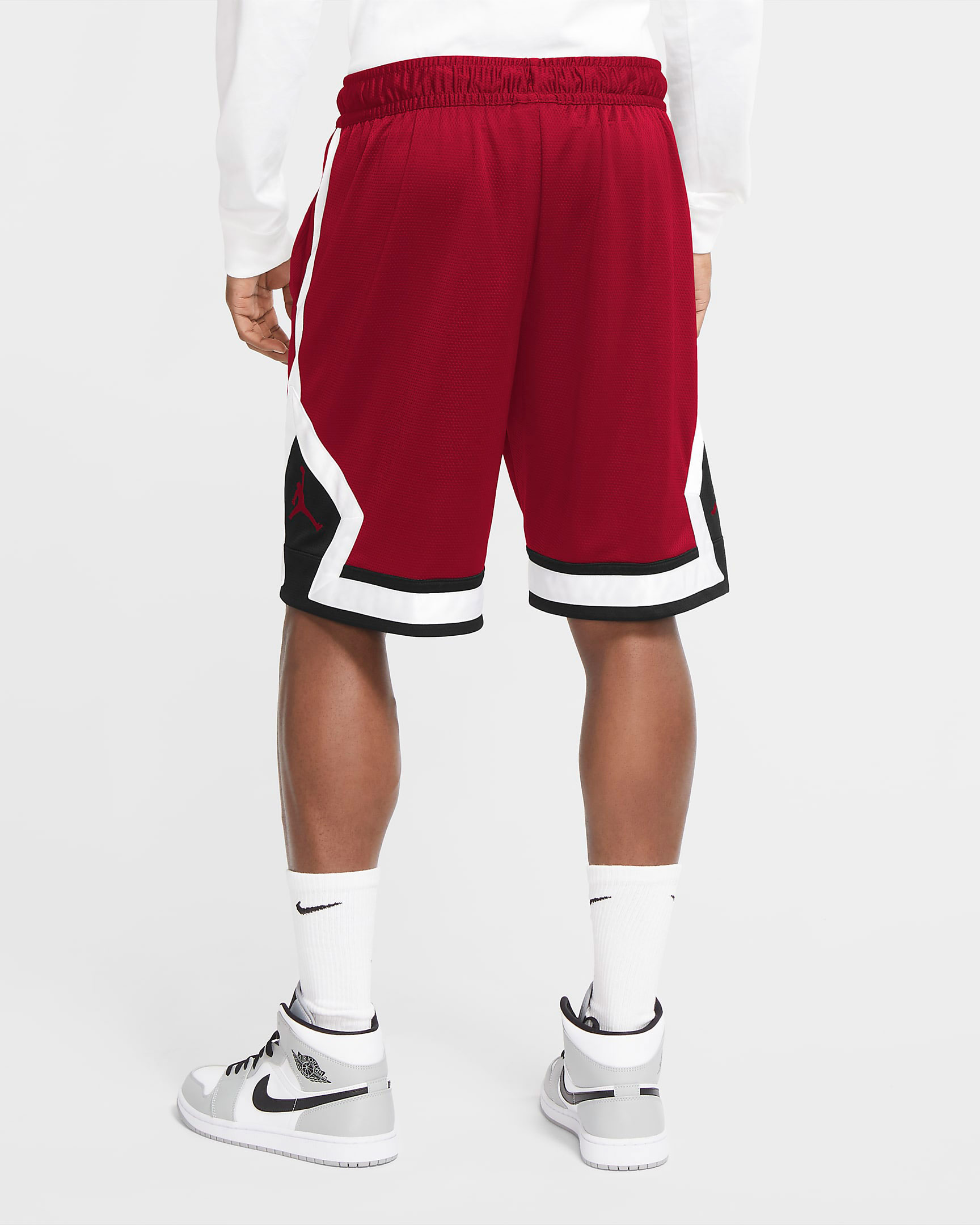 jordan-jumpman-diamond-shorts-gym-red-black-white-2