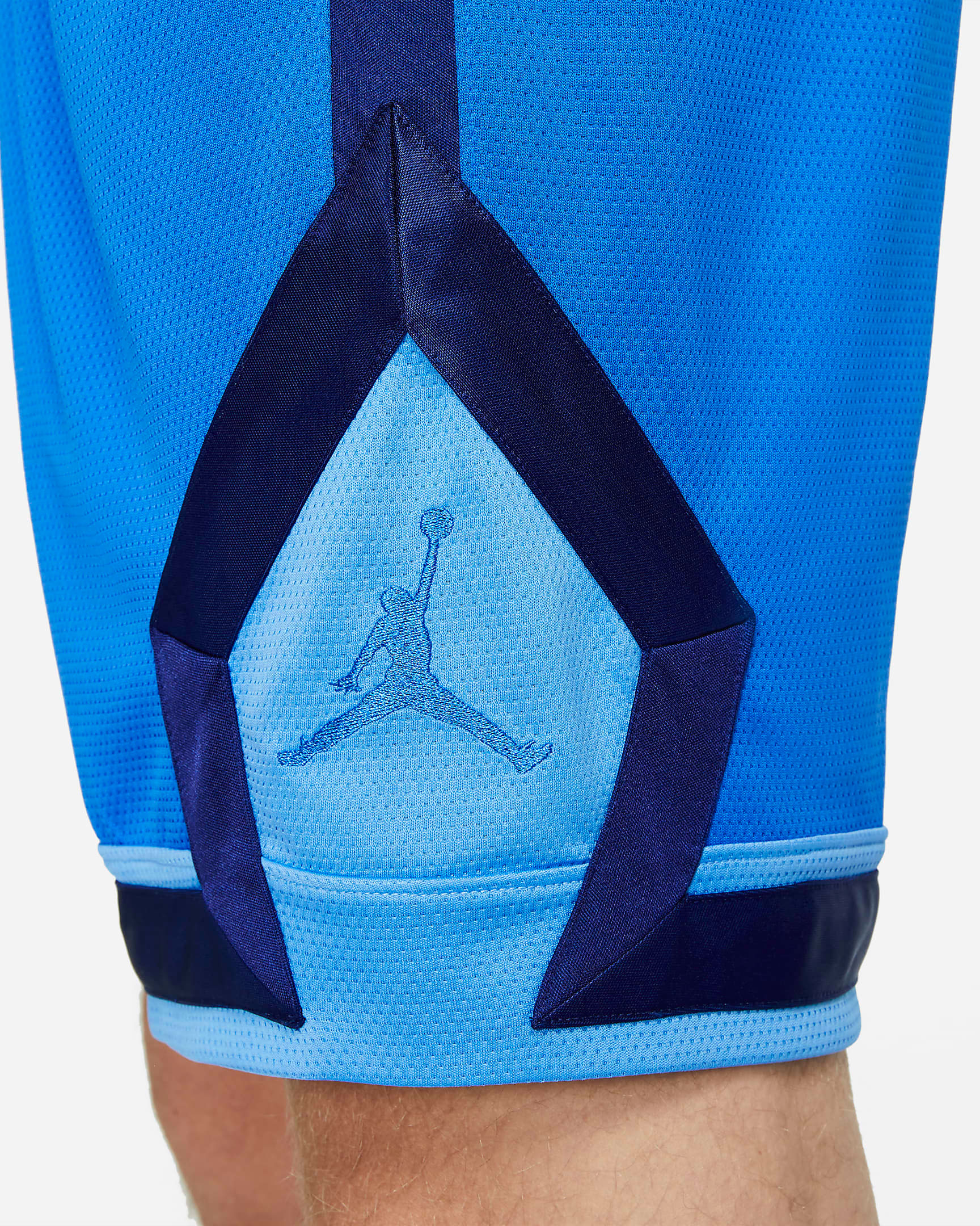 jordan-signal-blue-jumpman-diamond-shorts-2