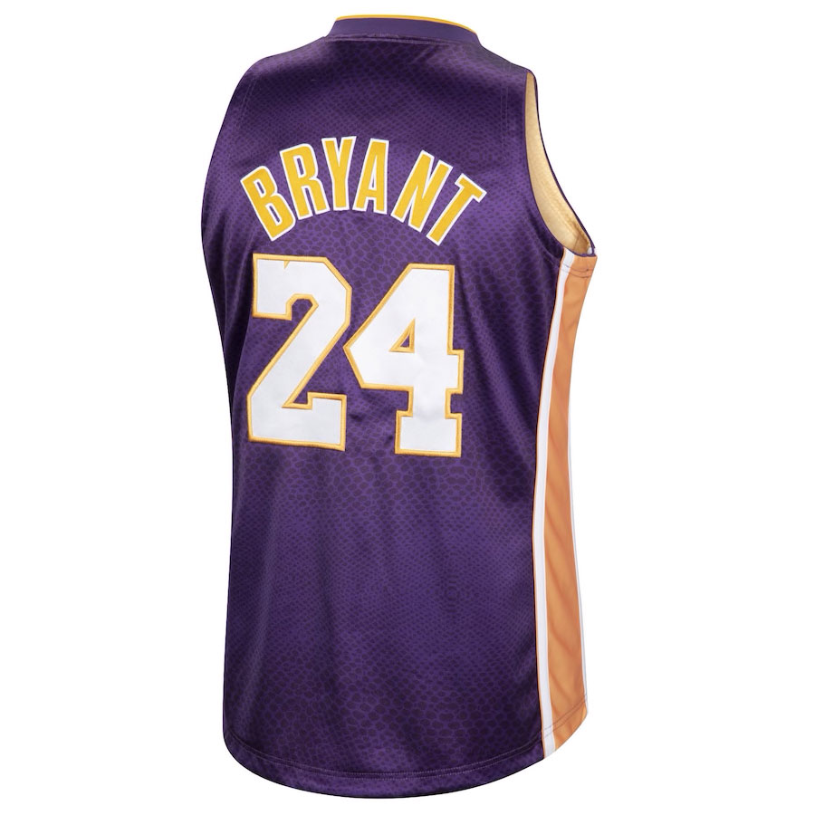 kobe-bryant-lakers-reversible-snakeskin-purple-number-24-jersey-back