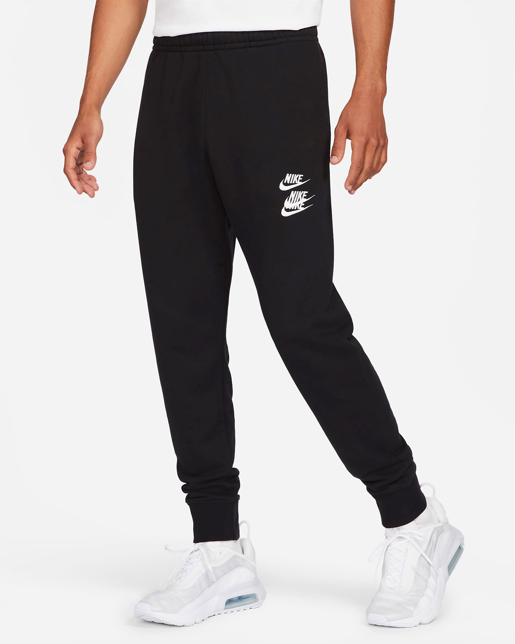 nike-world-tour-jogger-pants-black-1