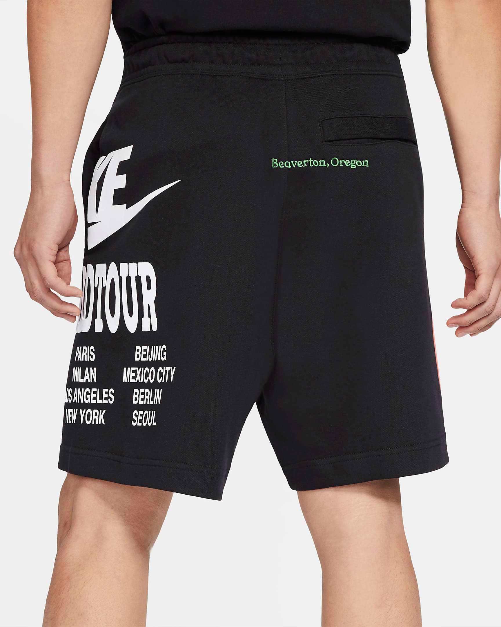 nike-world-tour-shorts-black-3