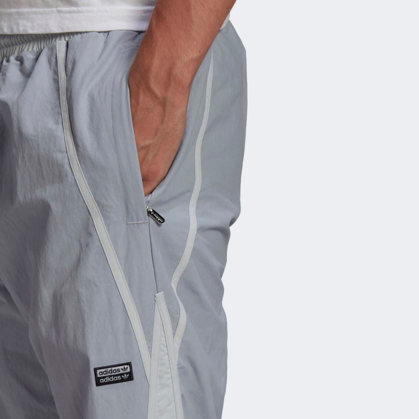 yeezy-350-ash-blue-grey-pants-2