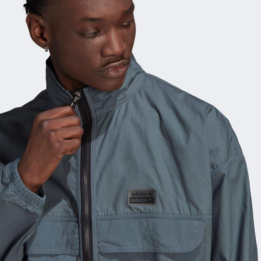 yeezy-350-v2-ash-blue-jacket-2