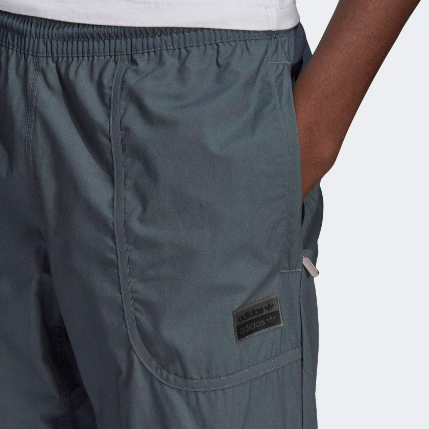 yeezy-350-v2-ash-blue-pants-2