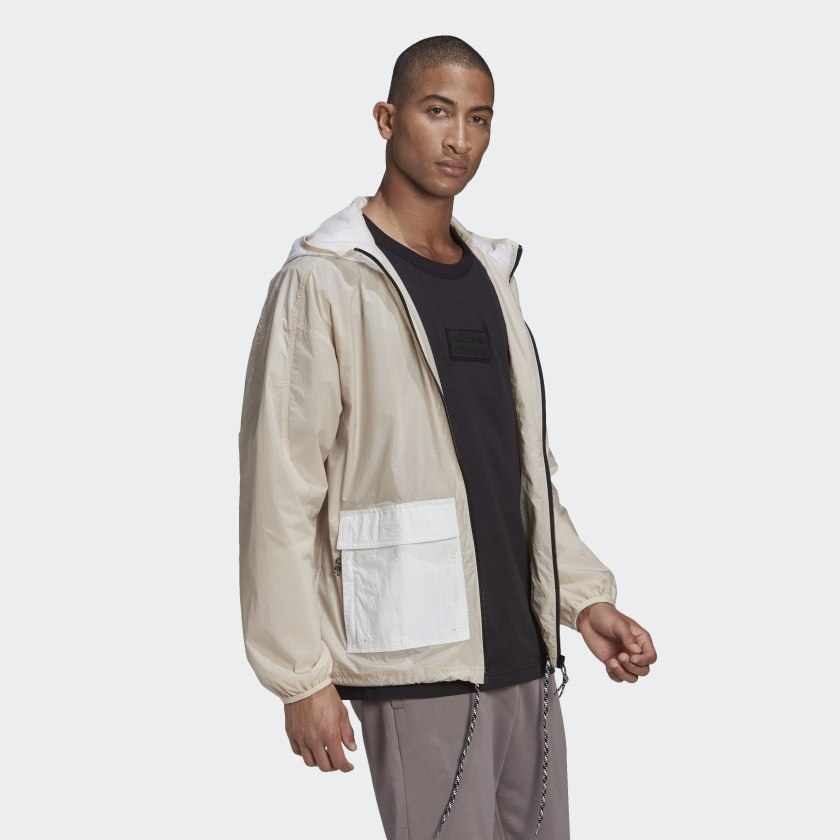 R.Y.V._Utility_Windbreaker_Beige_GN3343_25_model