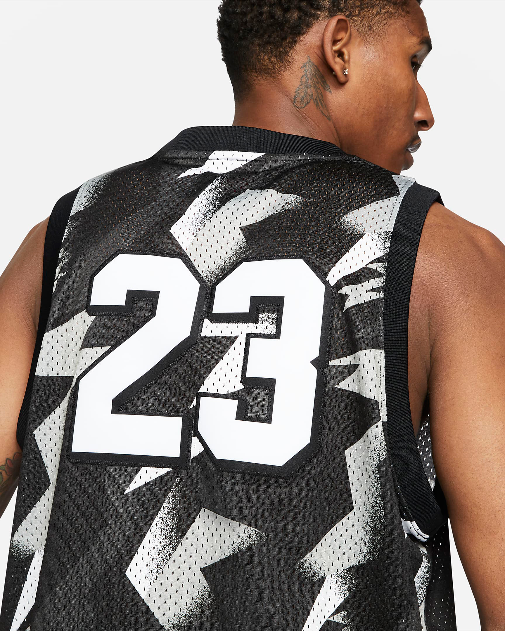 jordan-jumpman-printed-jersey-black-white-red-2
