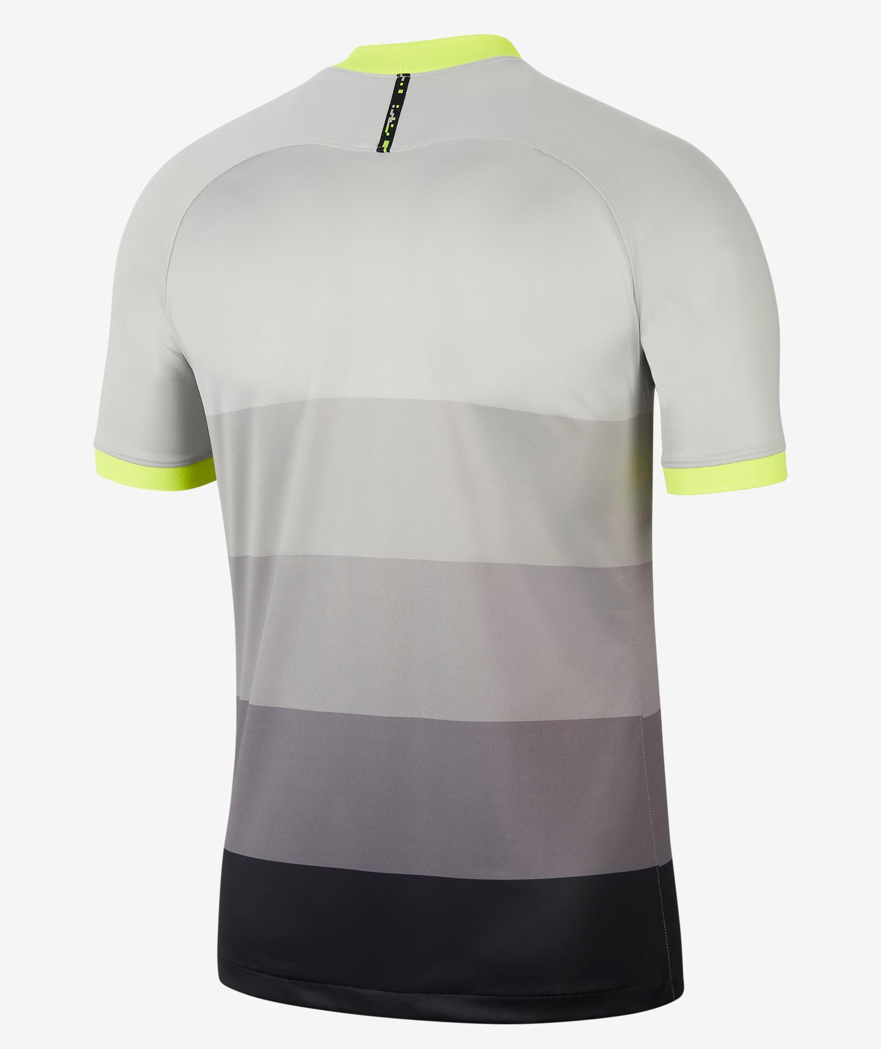 nike-air-max-95-tottenham-hotspur-soccer-jersey-2