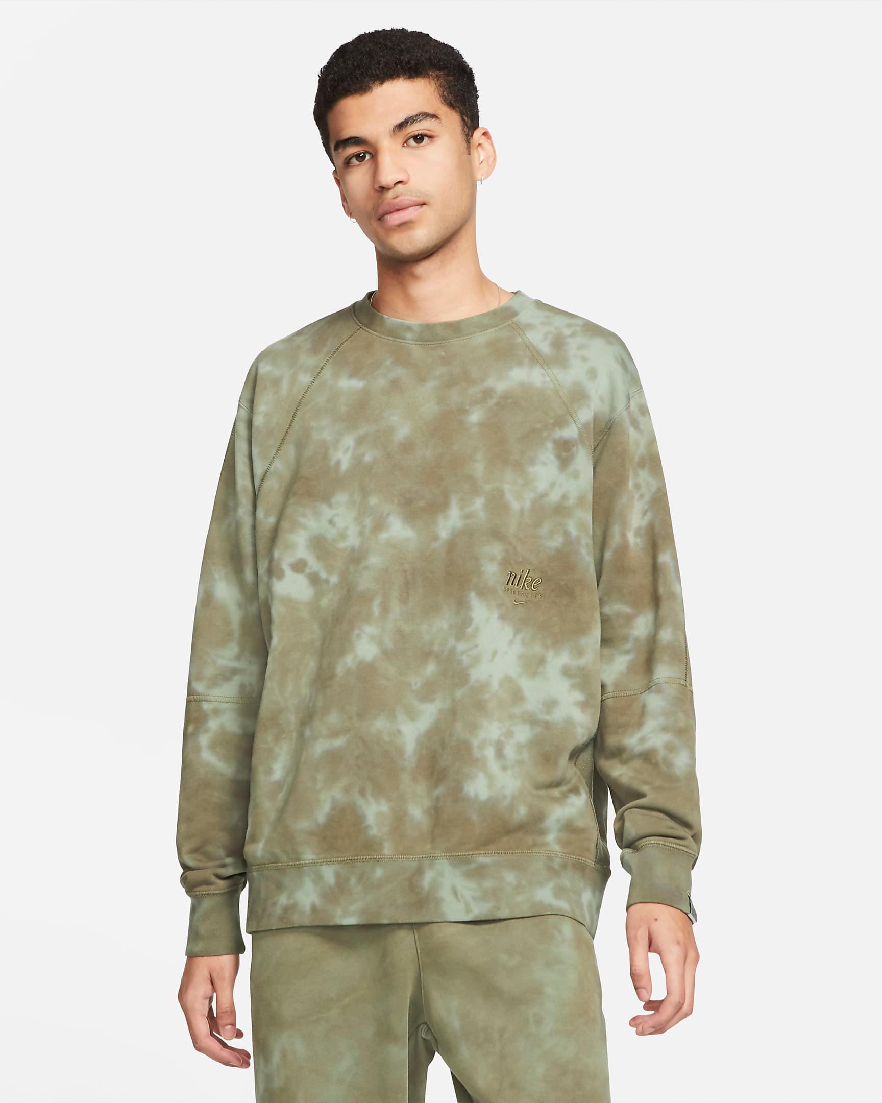 nike-club-fleece-tie-dye-sweatshirt-green-1