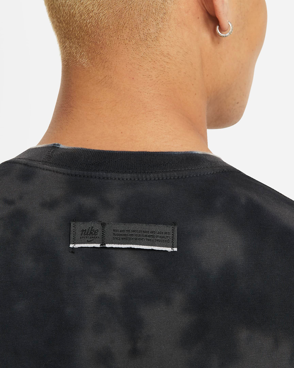 nike-club-tie-dye-tee-shirt-black-3