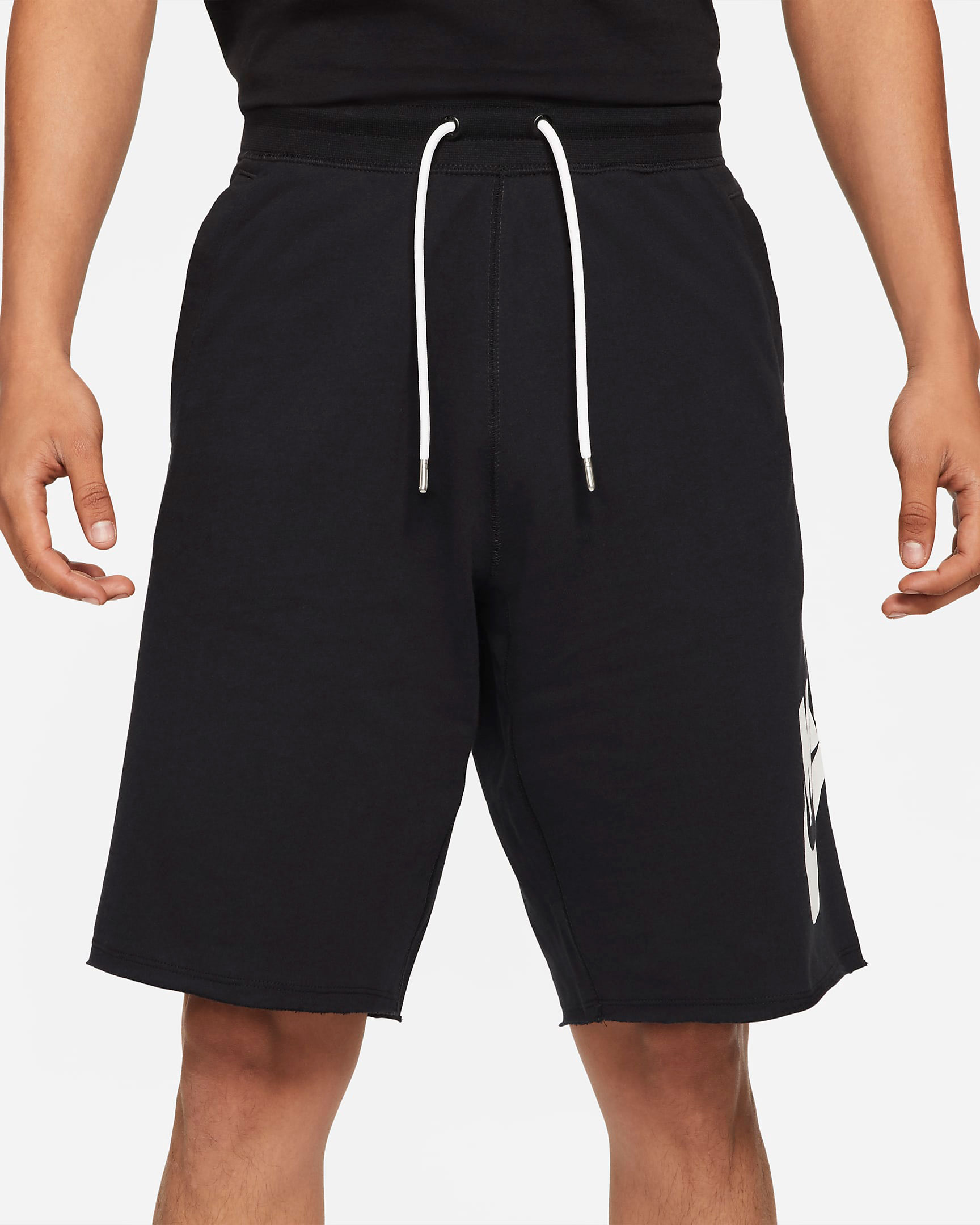 nike-dunk-low-black-white-shorts-1
